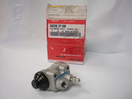 KIA HYUNDAI OEM Drum Brake Wheel Cylinder  WC140115  588302F100  W619000 - $19.26
