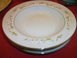 Mikasa Andrea 4 W Ide Lip Soup Bowls White Flowers Silver Trim - $19.80