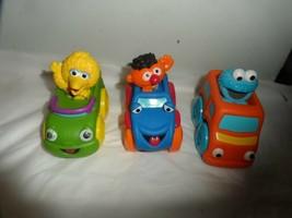 """4"""" Hasbro Sesame Street  Cookie Monster /Ernie/Big Bird In Car vehicle - $9.85"""