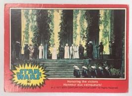 Star Wars 1977 Topps Trading Card #90 / Honoring Victors / CANADA FR-EN - $0.97