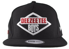 Dissizit! Mens Black New Era DeeZeeTee Boys Hip Hop Snapback Baseball Hat NWT