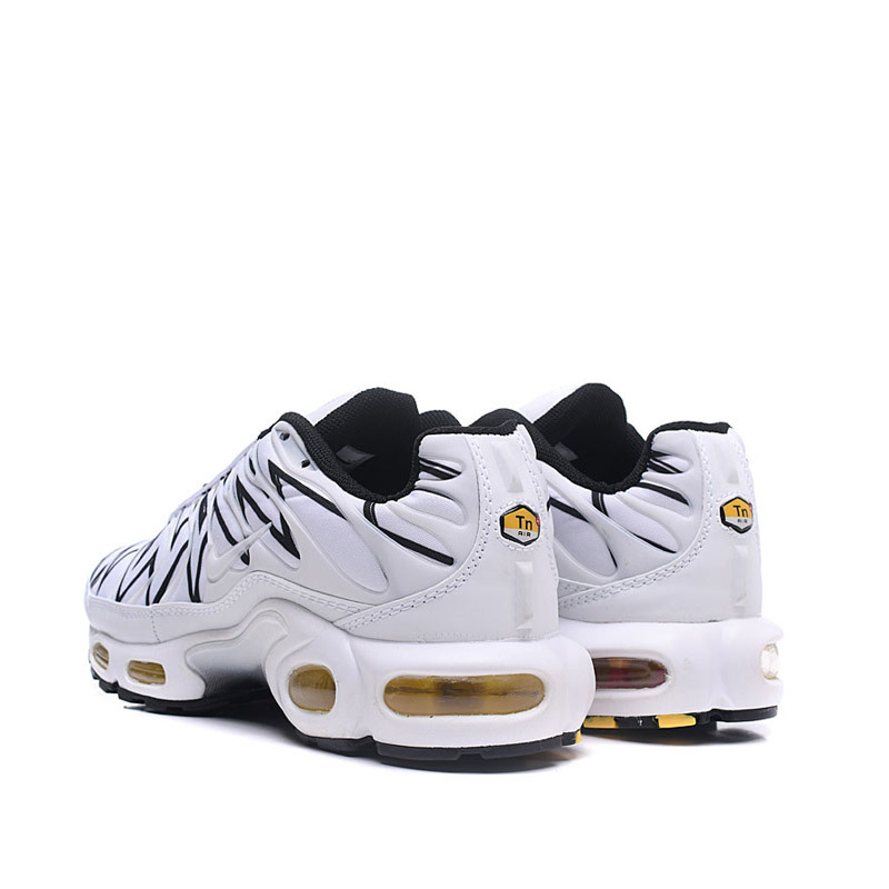 Nike Air Max Plus AJ6311-100 Running Shoes