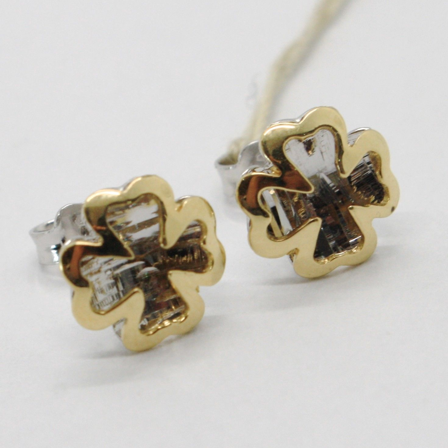 18K WHITE YELLOW GOLD FOUR LEAF CLOVER DOUBLE EARRINGS, FINELY WORKED ITALY MADE