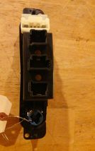 03 04 05 Dodge Plymouth Neon Power Outlet Rear Defrost Switch Tray 04671670AB image 3