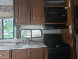 2018 Coachmen Leprechaun 319 MB for sale by Owner - Clarksville, TN 37042 image 8