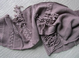 UGG Scarf Cable Fringe Knit Stormy Grey Heather NEW - $94.05