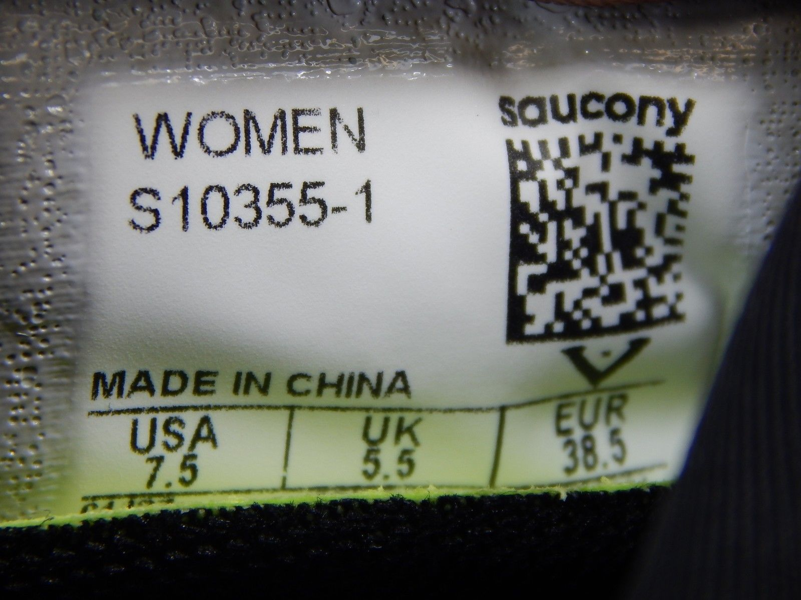Saucony Freedom ISO Size 7.5 M (B) EU 38.5 Women's Running Shoes Black S10355-1