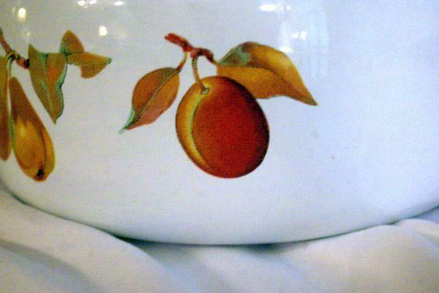 Royal Worcester 2015 Evesham Gold Enameled Metal Kettle Wood Handle image 3