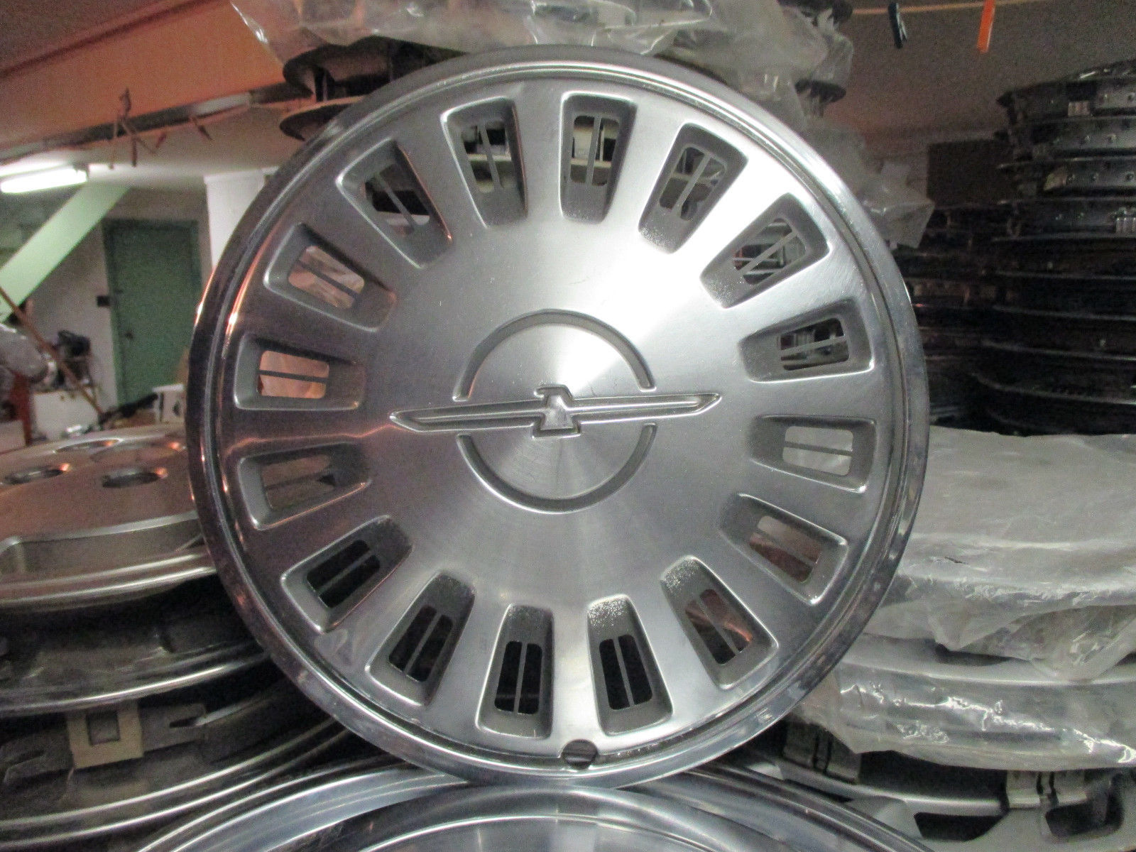 Primary image for One 1983 1984 Ford Thunderbird 14 inch hubcap wheel cover