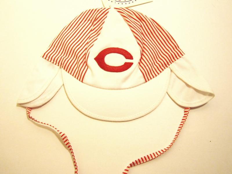 Cincinnati Reds MLB Vintage Late '90's Cotton Infant Cap by Drew Pearson Mktg.