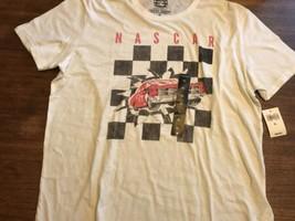 Men's Lucky Brand NASCAR Checker Burst Graphic-Print Cotton T-Shirt. Siz... - $14.25