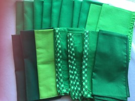 Lot 17 Vintage Green Dinner Napkins 21831 17 inches - $10.09
