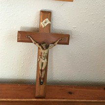 Vintage Small Wood Cross with Plastic Cream Jesus Nailed to It Crucifix ... - $7.60