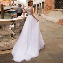 Elegant 3D Floral Lace Applique Luxury Bridal Gown A-Line Tulle Skirt image 2
