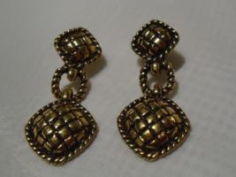 Avon Chunky Long Dangle Earrings - $6.99