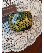 "Vintage India Leopard Green Yellow Black Glossy Wood 2"" Bangle Bracelet ... - $12.99"