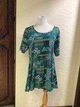 LuLaRoe Perfect T Shirt Top Abstract Multicolor Print Size XL  - $16.50