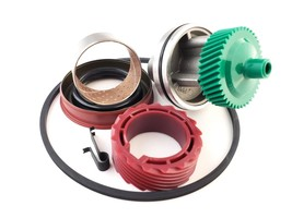 7004R 42 & 15 Tooth Speedometer Gears & Housing w Tail Housing set up 700R4 - $79.95