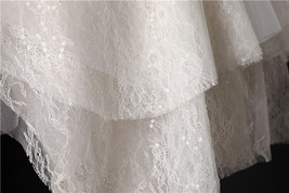 Ivory Shoulder Length Wedding Bridal Veils Layer Floral Lace Tulle Bridal Veils  image 2