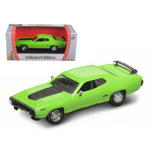 1971 Plymouth GTX 440 6 Pack Green 1/43 Diecast Model Car by Road Signature 9... - $22.71