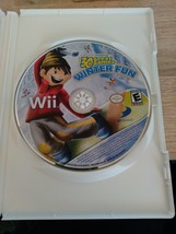 Nintendo Wii Family Party: 30 Great Games Winter Fun ~ COMPLETE image 3