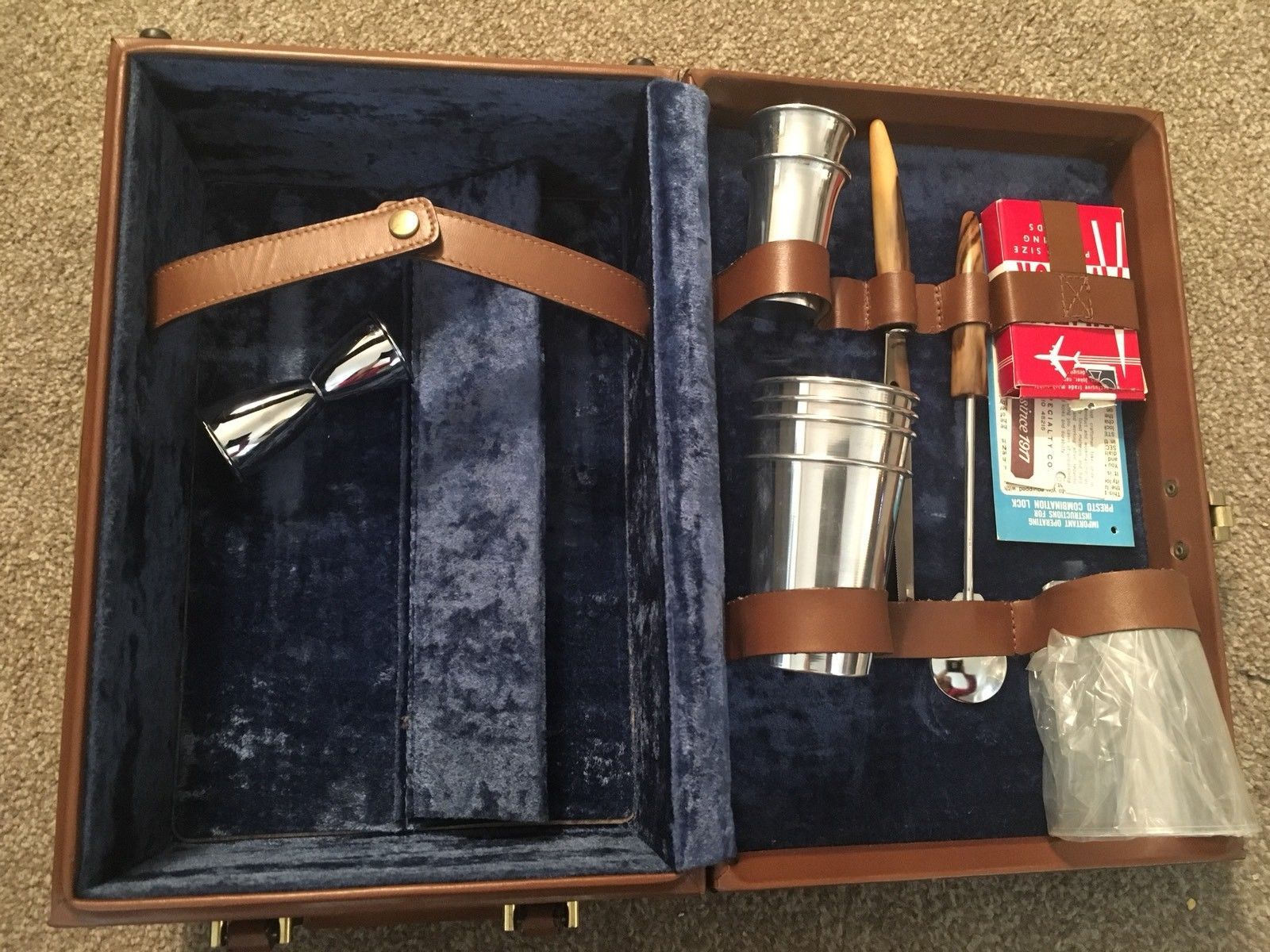 Primary image for Vintage Mid-Century Picnic Case/Wine Bottle Case By Wear Best W/ Presto Lock