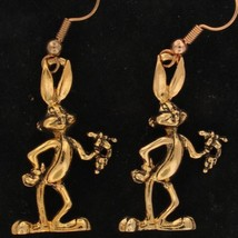 EARRINGS Bugs Bunny WARNER BROS LOONEY TUNES Gold WHATS UP DOC WB STORE ... - $13.36
