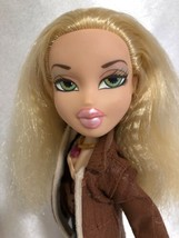 Bratz Doll Strut It Cloe Restyled Preowned - $7.91