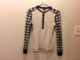 CHAPS Long Sleeve Shirt w White Torso and Black White Checked Sleeves Sz SM