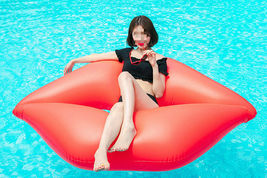 "Big lips Inflatable Pool Rafts Swim Ride On Floats Tube for Adults 74.8"" 190cm image 5"