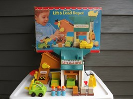 Vintage Play Family Fisher-Price Lift & Load Depot IOB - $110.32