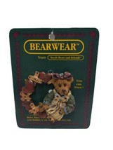 Boyds Bears And Friends Bearwear Pin Hugs and Kisses Wreath.1995 26112 - $19.59