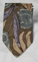 Bill Blass 100% Silk Necktie Dress Necktie - $7.52