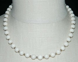 VTG Ivory Color Glass Bead Beaded Gold Tone Necklace Choker - $29.70