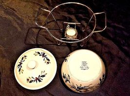 Covered Dish with Rack and warmer AA18-1358 Vintage image 3