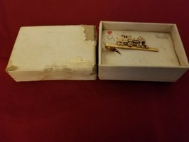 Men's Hickok Train Tie Clip In Original Box - $10.84