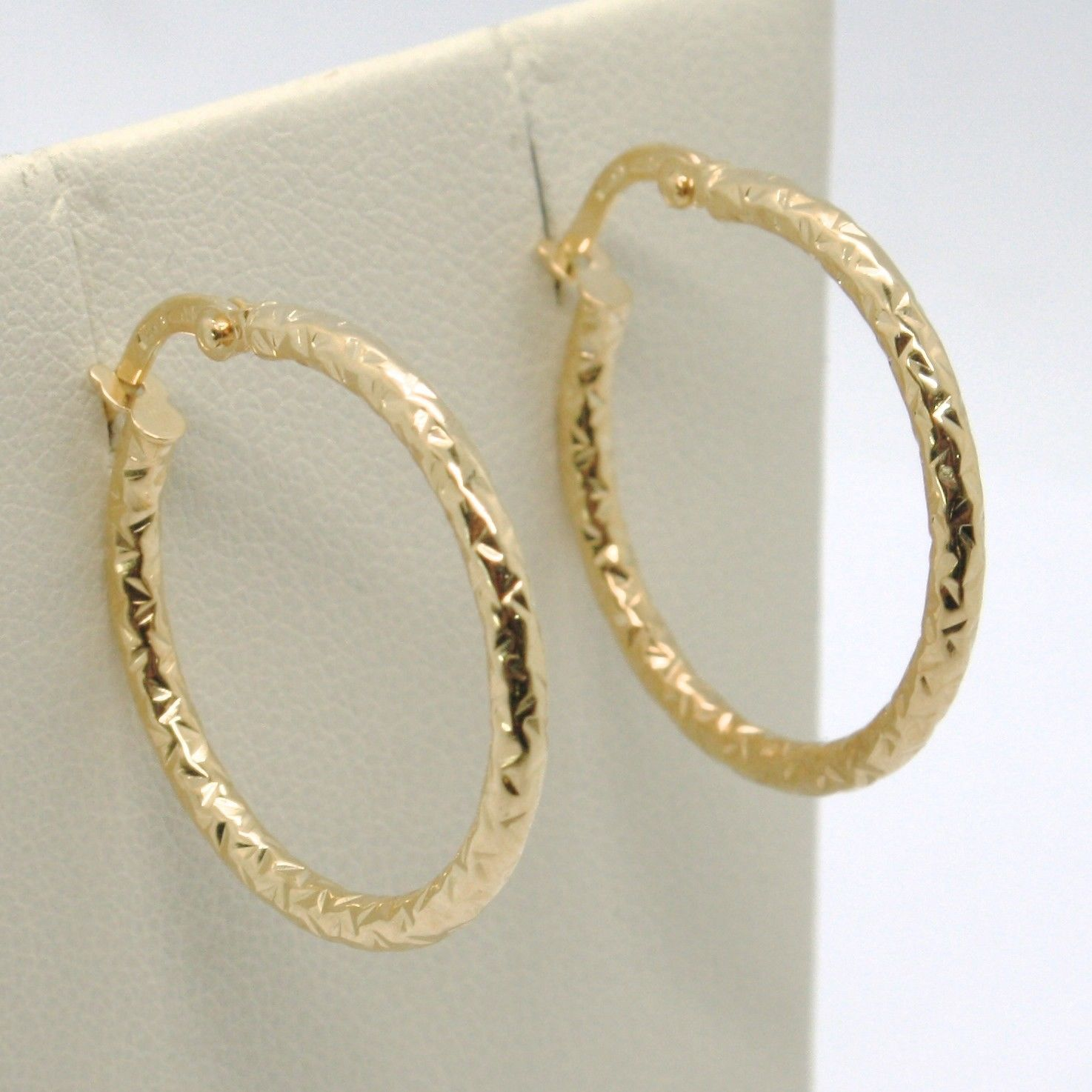 18K YELLOW GOLD CIRCLE HOOPS TUBE HAMMERED EARRINGS 23 MM x 2 MM, MADE IN ITALY