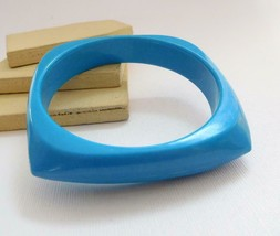 Retro Vintage Royal Blue Angular Square Plastic Bangle Bracelet C22 - $12.74