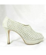 6 AU / 8.5 US - Paul Green Champagne Gold Laser Cut Heeled Booties 0000MB - $48.00