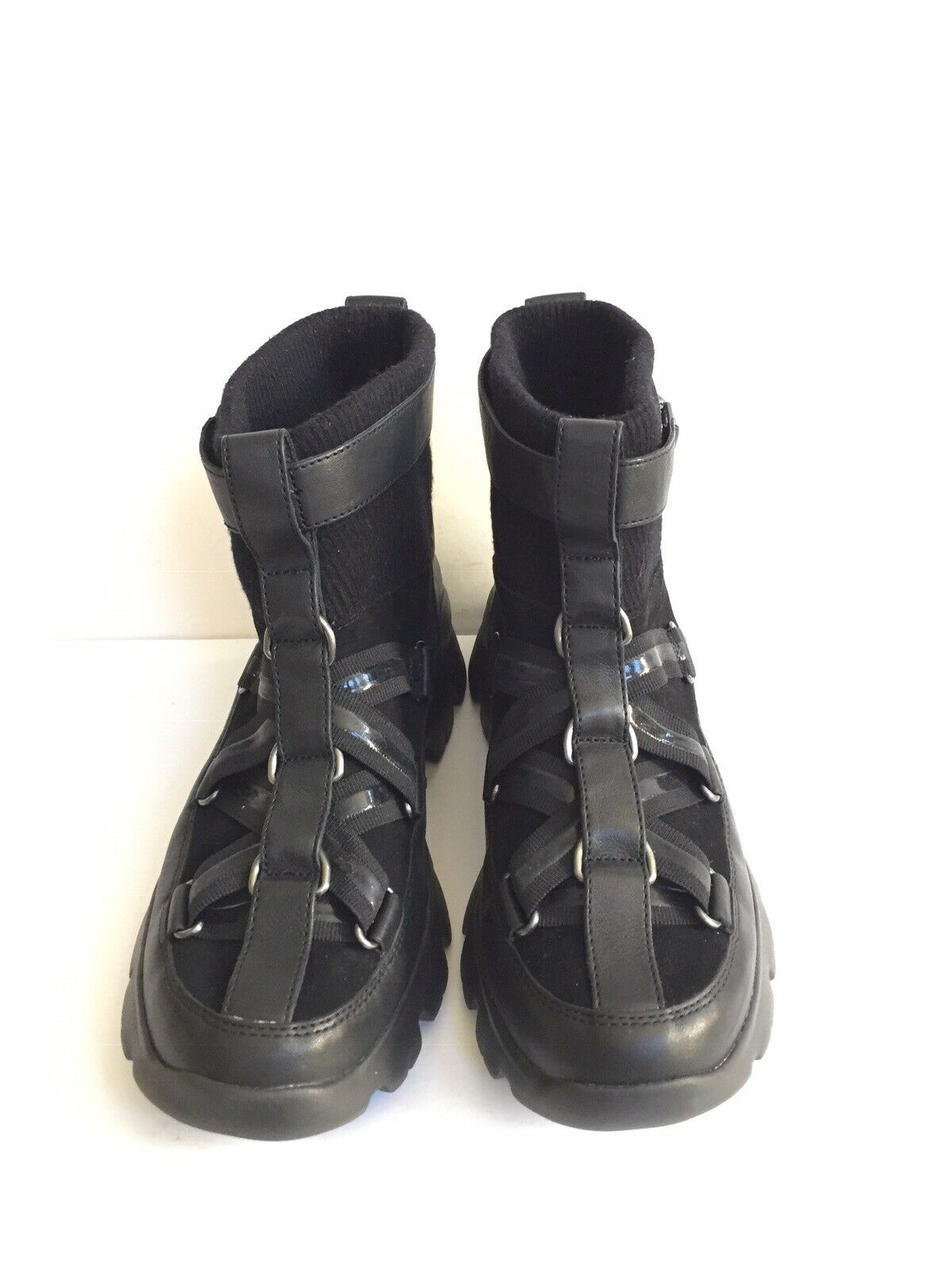UGG PUFF MOMMA LAKES & LIGHTS BLACK WINTER FUR SNEAKERS US 11 / EU 42 / UK 9 image 3