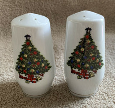 Sea Gull Fine China Holiday Christmas Tree Jian Shiang Salt Pepper Shak... - $11.87