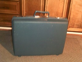 Vintage SAMSONITE ~ 21x17x7 Blue Hard Shell Suitcase Luggage - $14.83