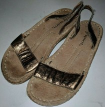 Easy Spirit Bronze Leather Low Wedge Sandals Size 6 M - $30.26 CAD