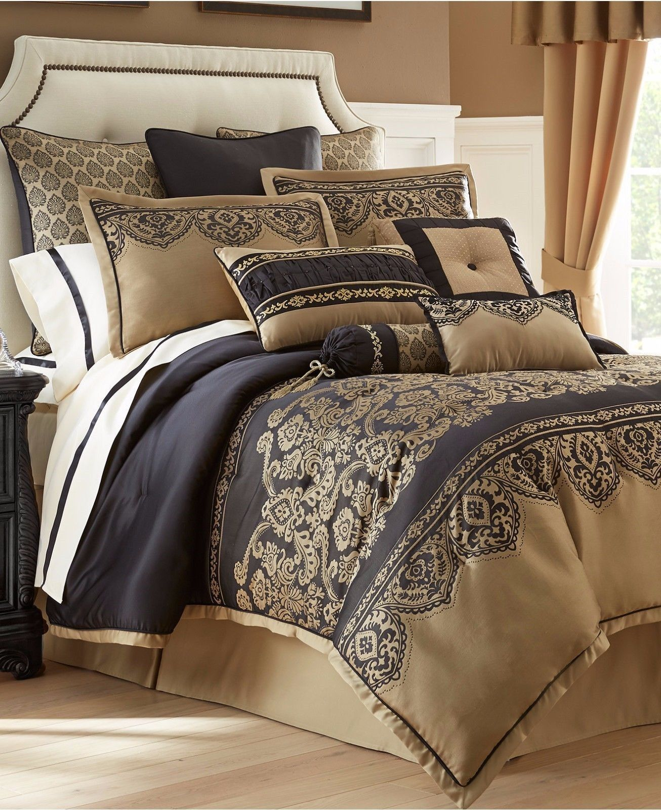 waterford bannon 6p king comforter set black and 41 similar items. Black Bedroom Furniture Sets. Home Design Ideas