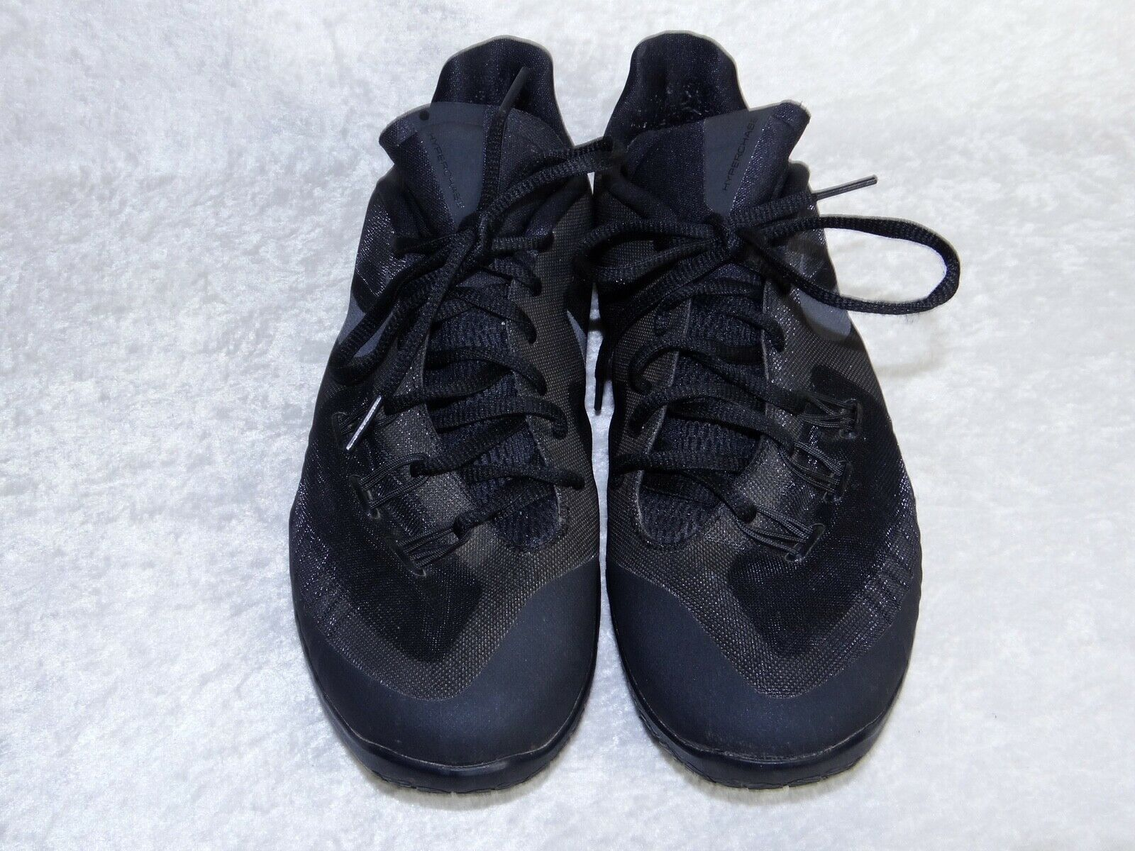 Nike Hyperchase 705363-003 size 10 Mens Basketball Sneakers Black Shoes