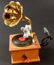 Hallmark Song & Dance 1990 Magic Motion Christmas Ornament Record Player Mice - $19.79
