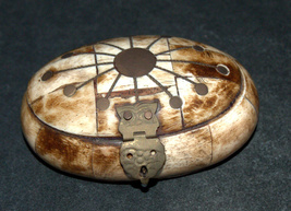 Antique Oval Trinket Snuff Pill Box Bovine Bone Brass Inlay Handmade image 5