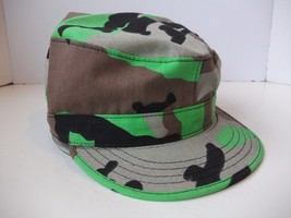 Fitted Camo Hat Bright Green Gray Black Made in USA Comouflage Combat Cap - $11.92