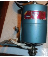 "Japan DeLuxe Zig Zag ""Stradivaro"" 1.5 Amp Motor On Mount w/Mounting Screw - $20.00"