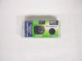 Vintage Fujifilm Quick Snap 35 mm One Time-use Camera, 27 exposures - $6.23